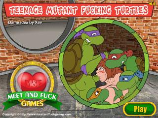 Teenage Mutant Turtles spying naked girlfriend